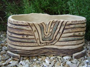 Trough planter, Strata